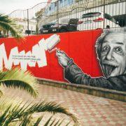 Граффити портрет Альберт Эйнштейн streetskills youfeelmyskill в Сочи